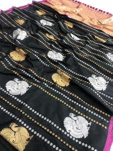 Kanchipuram Golden And Silver Zari Saree Collection (6 Pcs Set)