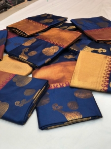 Soft Banarasi Kanchipuram Silk Saree With All Over Zari (7 pc Set)